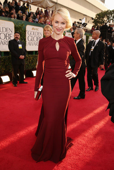 naomi_watts_2013_golden_globes_red_carpet_sexy_red_backless_dress_18f6nnt-18f6no1